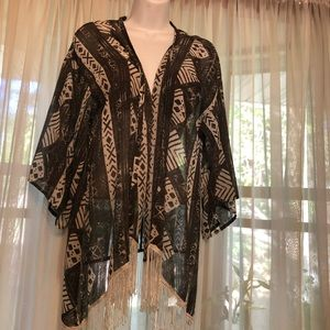 Hollister kimono - Gray With White Accents